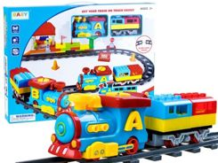 Colorful train line from the 55ele RC0411 blocks